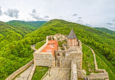 Capilla y paredes en el castillo de Medvedgrad Fotografía de archivo
