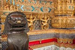 Capillas magníficas de Wat Phra Kaew del palacio de Bangkok, Tailandia Imágenes de archivo libres de regalías