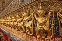 Capillas magníficas de Wat Phra Kaew del palacio de Bangkok, Tailandia Imagen de archivo libre de regalías