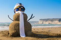 Capitán Snowman hecho de la arena Imagenes de archivo