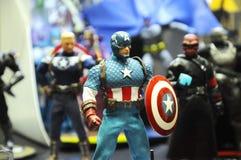 Capitaine America de nombre d'actions de caractère fictif des bandes dessinées et des films de merveille images libres de droits
