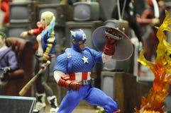 Capitaine America de nombre d'actions de caractère fictif des bandes dessinées et des films de merveille photos libres de droits