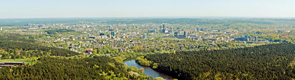 Capital da cidade de Vilnius da opinião aérea de Lituânia Fotografia de Stock