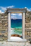 Capital de columna jónico, detalle arquitectónico en la isla de Delos Fotos de archivo