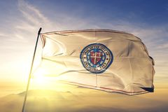 Capital de Oklahoma City de Oklahoma de la tela del paño de la materia textil de la bandera de Estados Unidos que agita en la nie fotos de archivo