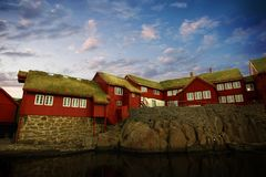 A capital de Torshavn nas ilhas de Faore foto de stock royalty free