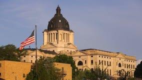 Capital del Estado de Dakota del Sur que construye a Hughes County Pierre SD almacen de metraje de vídeo