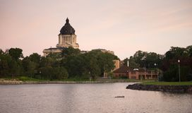 Capitale de l'État du Dakota du Sud établissant l'écart-type de Hughes County Pierre Photos libres de droits