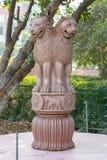 Capitale della colonna di Ashoka di Sarnath, Varanasi, Uttar Pradesh, India fotografie stock