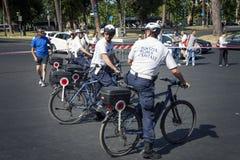 Capitale della polizia di Roma in servizio durante la corsa per la cura 2015, Roma L'Italia Fotografia Stock Libera da Diritti