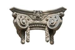 Capitale di colonna ionico decorativo isolato fotografie stock