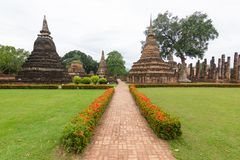 Capitale di Wat Mahathat Sukhothai Thailand Ancient di vista del paesaggio di Sukhothai, Tailandia immagine stock