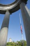 Capitol d'état de l'Utah construisant le 23 juillet 2015 et drapeau Image libre de droits