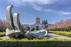 Capitol die van de staat Salem Oregon bouwen Stock Foto's