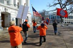 capitol na zewnątrz protestujących Wisconsin fotografia stock