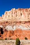 Capitol Rafowy park narodowy, Utah, niebieskie niebo Zdjęcie Stock