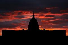 Capitol van de V.S. bij zonsondergang Stock Foto