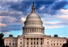 Σπίτια αμερικανικών Capitol θόλων του συνεδρίου Washington DC Στοκ Εικόνες