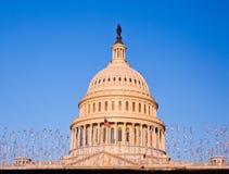 capitolframdelen exponerar stigningssunen Fotografering för Bildbyråer