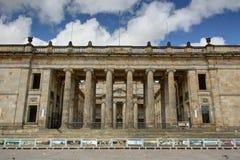 Capitolio av Colombia den främre sikten Royaltyfria Bilder