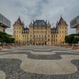 Capitolio del Estado de Nueva York en la noche Imagen de archivo libre de regalías