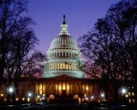 Capitolio en la oscuridad, Washington DC de los E Foto de archivo libre de regalías
