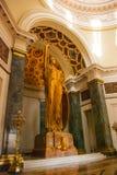 Capitolio Nacional, El Capitolio строя интерьер 11-meter бронзируют статую женщины, богини правосудия с pe Стоковые Фото