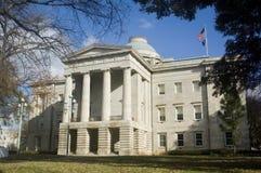 Capitool dat Raleigh Noord-Carolina bouwt royalty-vrije stock fotografie