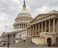 Capitool die oostelijke voorgevel, trap, Washington DC bouwen Royalty-vrije Stock Foto's