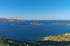 Capo cody Cavallo zatoka przy zmierzchem, Sardinia Włochy Zdjęcie Royalty Free