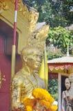 Capo del monumento di Kruba Sriwichai per la strada della costruzione a Phrathat Doi Suthepa Immagine Stock