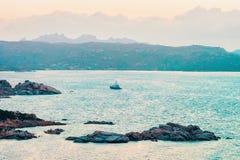 Capo Ferro en mer Méditerranée photos libres de droits