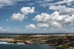 Capo Mannu-Klippen und Strand, Sardinien Lizenzfreies Stockbild
