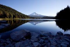 Capo motor del montaje y lago Trillium Fotografía de archivo libre de regalías