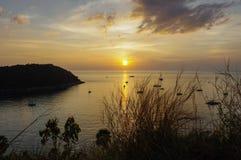 Capo Phuket Tailandia di Promthep di vista di tramonto bello Immagini Stock