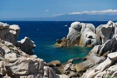 Capo Testa het eiland in van Sardinige, Sardinige, Sardisch landschap, Italië, kristaloverzees Royalty-vrije Stock Foto