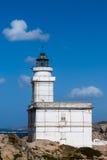 CAPO TESTA, SARDINIA/ITALY - MAJ 21: Latarnia morska przy Capo Tes Zdjęcia Stock