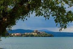 Capodimonte och Bolsena sjö royaltyfri foto