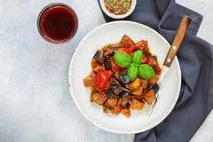 Caponata est un plat sicilien traditionnel Photos stock