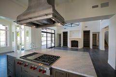 Capot résidentiel unique de gamme à la maison Image libre de droits