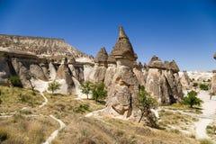 Cappadocia,土耳其 美丽如画的谷修士(Pashabag) 免版税库存照片
