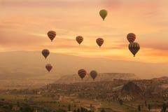 Cappadocia στην ανατολή Στοκ Εικόνες
