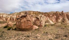 Cappadocia, στυλοβάτες πετρών που δημιουργούνται από τη φύση μέσω της διάβρωσης Στοκ Φωτογραφία
