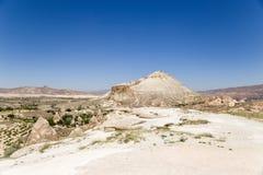Cappadocia, die Türkei Die Berge, die das Tal Pashabag (Mönch-, umgeben Tal) Stockfoto