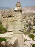 Cappadocia-Fee ChimneysÂ-Liebestal stockfoto