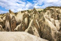 Cappadocia i Anatolia Turkey Vulkaniska berg i Goreme Arkivbild