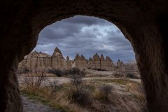 Cappadocia-Liebestal-Bogenansicht lizenzfreie stockfotos