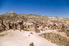 Cappadocia Turkiet Härligt berglandskap av den Devrent dalen med diagram av att rida ut Royaltyfri Bild