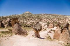 Cappadocia Turkiet Landskap med bisarra diagram av att rida ut i den Devrent dalen Royaltyfria Bilder