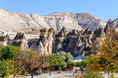 Cappadocia, Turquie Cheminée féerique Multihead lapident des champignons dans la vallée des moines et du St Simon Church Vallée d Photographie stock libre de droits